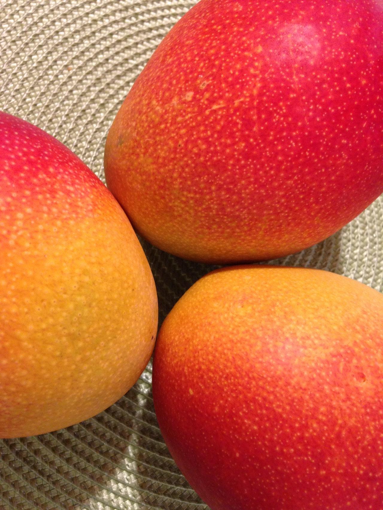 Alphonso Mangoes, mangoes to home,